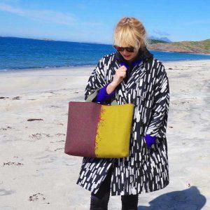 Hebridoodle Harris Tweed hand embroidered bag