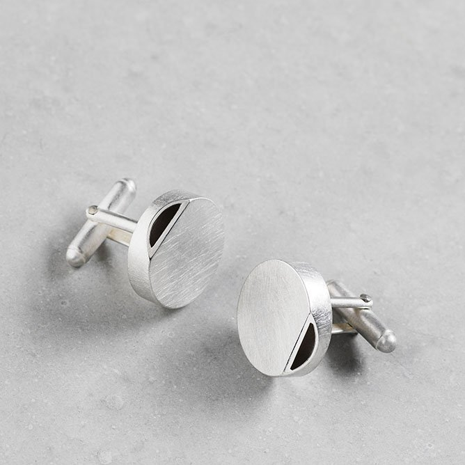Sheng Zang round edge cufflink solid silver made to order textured silver finish stylish for men and women