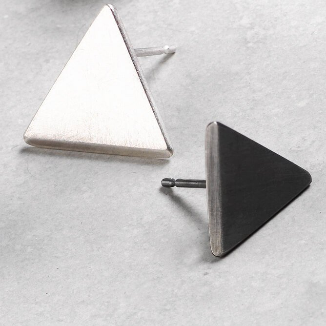 Sheng Zhang handmade triangle oxidised textured silver earrings jewellery